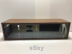 1/18 118 Scale Diorama Garage Display Wood & Acrylic Sliding Show Case Led Lamp