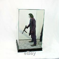 1/4 Scale Comic Figurine Display Case 20 Tall All Glass Black Sport Moulding