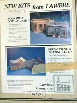 Bookshelf display case kit by Lawbre