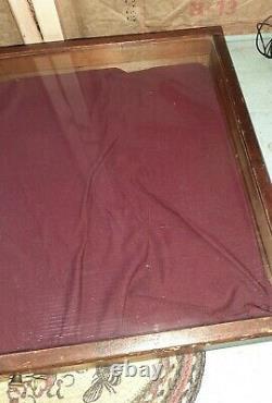 Vintage Wood Table Top Counter Display Case 25 x 19 x 4 Antique Flea Market